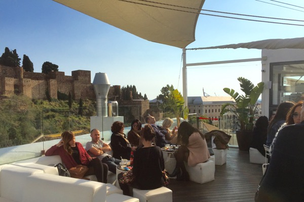 Roof Top Bar im Alcazaba Premium Hostel