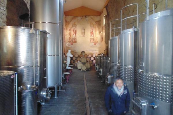Weinkeller in ehemaliger Klosterkirche