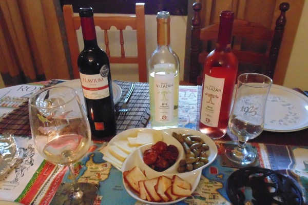 Tapas und Wein bei Don Alfonso