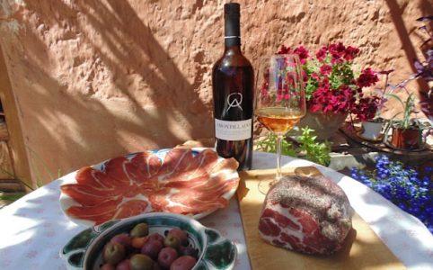 Sherry Amontillado mit Trevellez-Schinken und Oliven