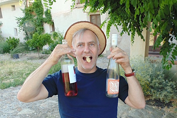 Richard mit Siegerwein