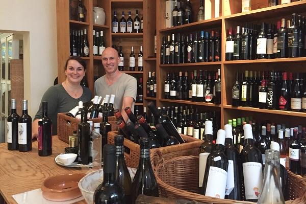 Spanischer Wein im Donosti-Ladengeschäft in München