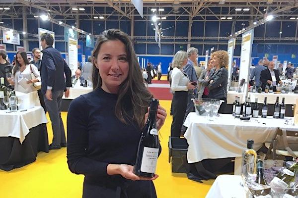 Tatjana Peceric, Kellermeisterin von Terroir al Limit, mit dem Les Manyes 2016