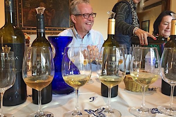 Wir sind mit Weinliebhabern aus der Schweiz unterwegs
